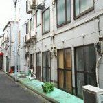 ちょんの間が多数建ち並んでいた横浜・黄金町(こがねちょう)